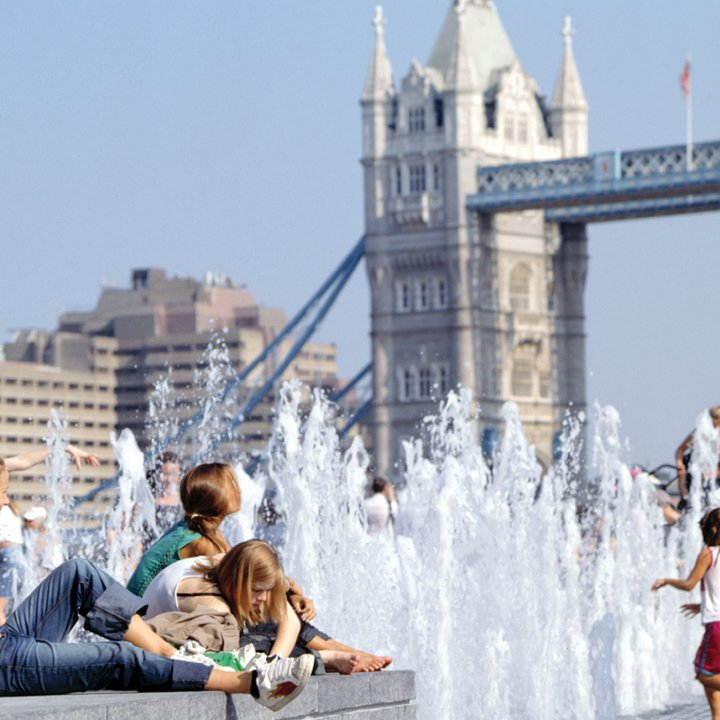 More London Fountains And Water Features