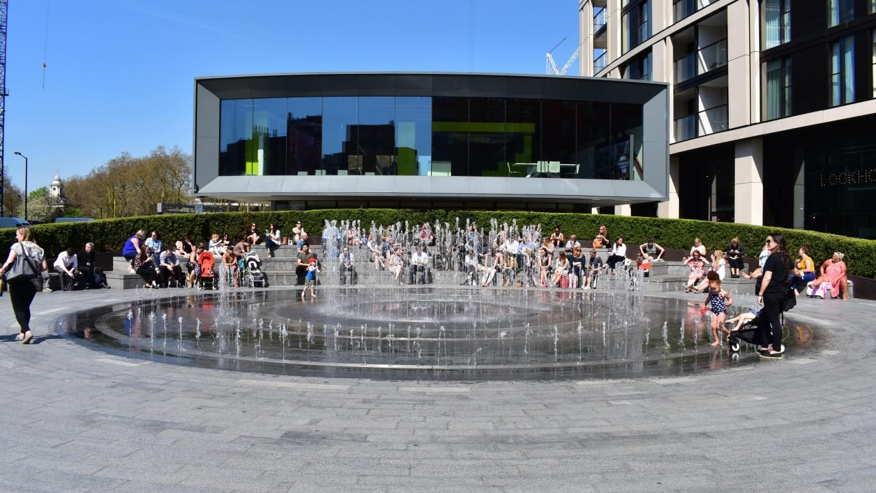 Water feature at Merchant Square by The Fountain Workshop