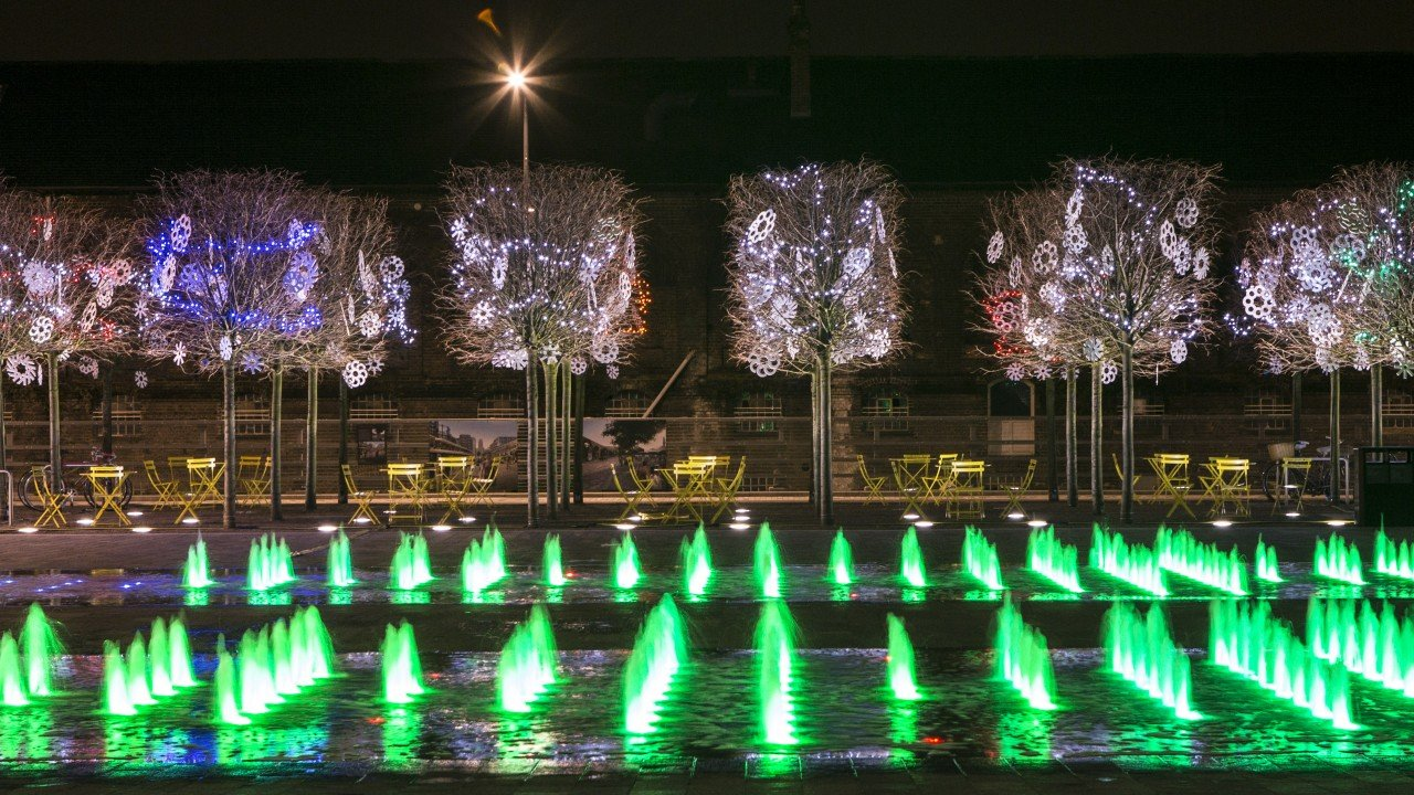 Illuminated fountains in Granary Square, King's Cross, by the Fountain Workshop