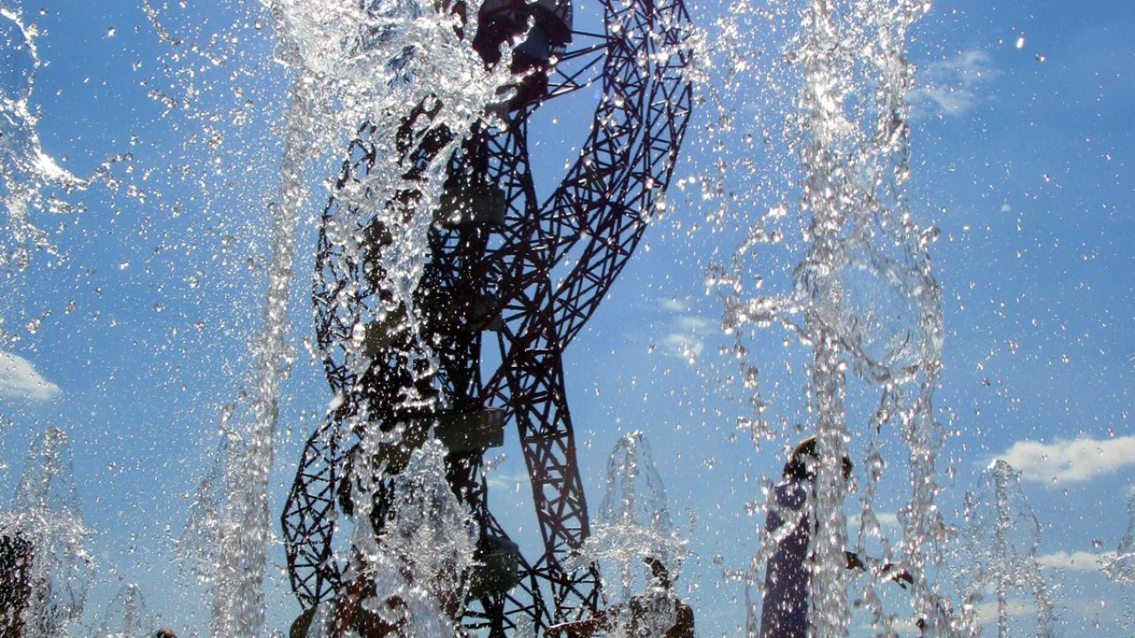 Fountains Queen Elizabeth Olympic Park, London by the Fountain Workshop