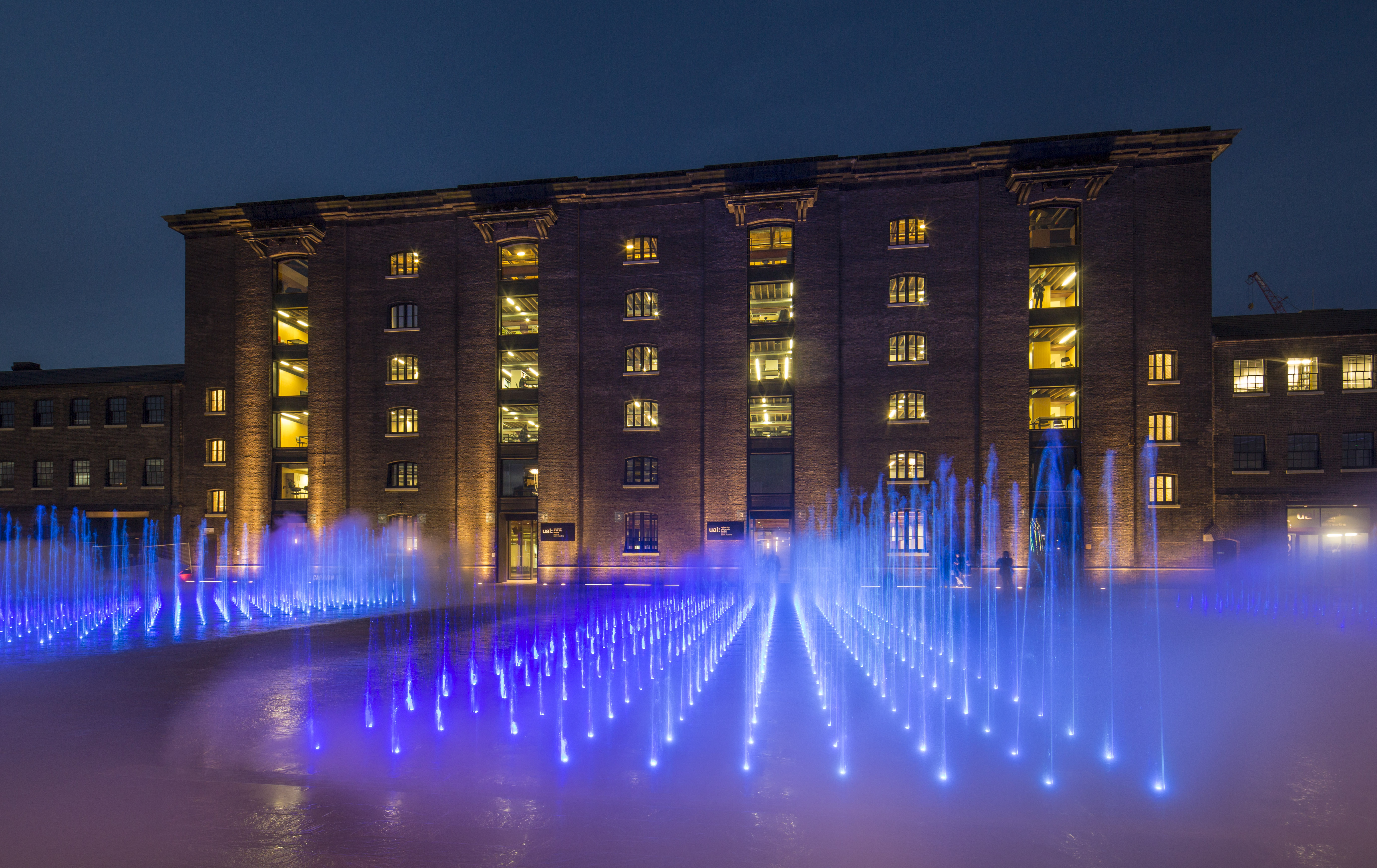 The Fountains At Granary Square King S Cross